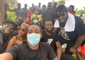 Some comedians attending burial of Chiko's mother (PHOTO/Courtesy).