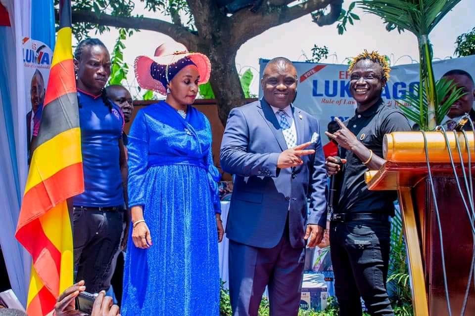 Singer Gravity Omutujju (R) as Lukwago launched lord mayorship campaigns (PHOTO/Courtesy).