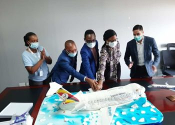 Britam Insurance delivered a cake to Uganda Airlines that social media users adjudged to have 'crash landed'. The firm seeks to make amends by hiring a competent baker (PHOTO/Courtesy).