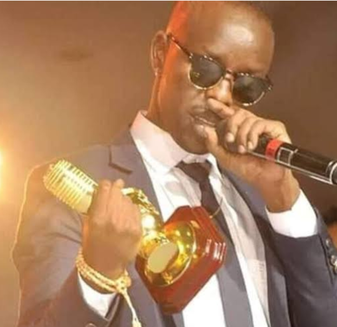 Singer Eddy Kenzo with an AFRIMMA award (PHOTO/File).