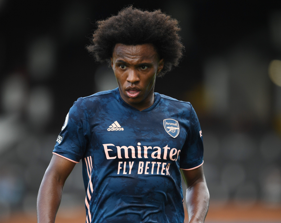 Willian is on a very expensive three-year contract at Arsenal (PHOTO/File)