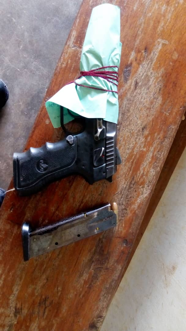 The pistol that was found with the arrested suspects (PHOTO/PML Daily).