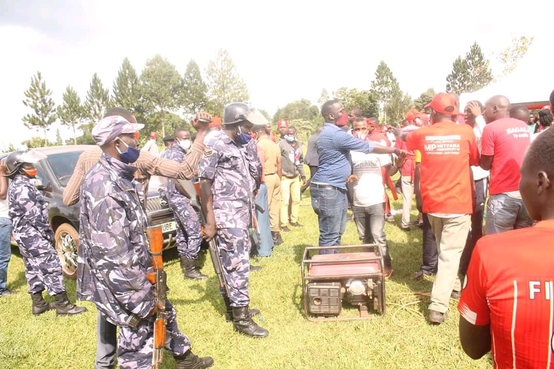 Police dispersing MP Zaake's crowd as he launched his campaign in Mityana on Tuesday (PHOTO/Courtesy).