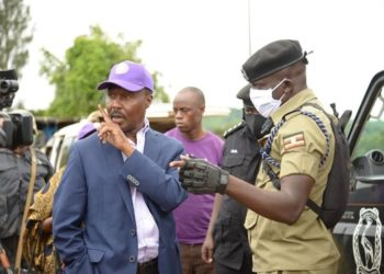 Presidential candidate Mugisha Muntu blocked by police top campaign in Kamwenge District (PHOTO/Courtesy).