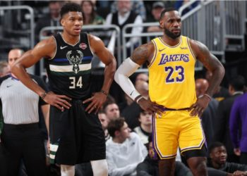 Giannis (L) and LeBron James (R) are two of the top five NBA players in 2020. (PHOTO/ESPN)