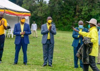 Mze Tibuhaburwa Museveni being welcome in Jinja on Friday (PHOTO/Courtesy).