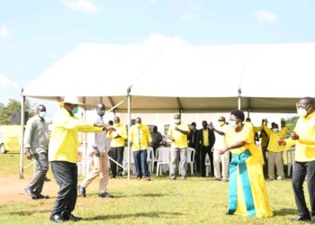 Speaker Kadaga (R) welcoming Mzee Tibuhaburwa Museveni to Kamuli for Presidential campaign (PHOTO/Courtesy).