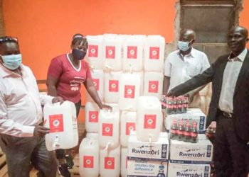 Lira received 100 handwash jerrycans and a drink consignment that was handed over to the District officials (PHOTO/Courtesy).