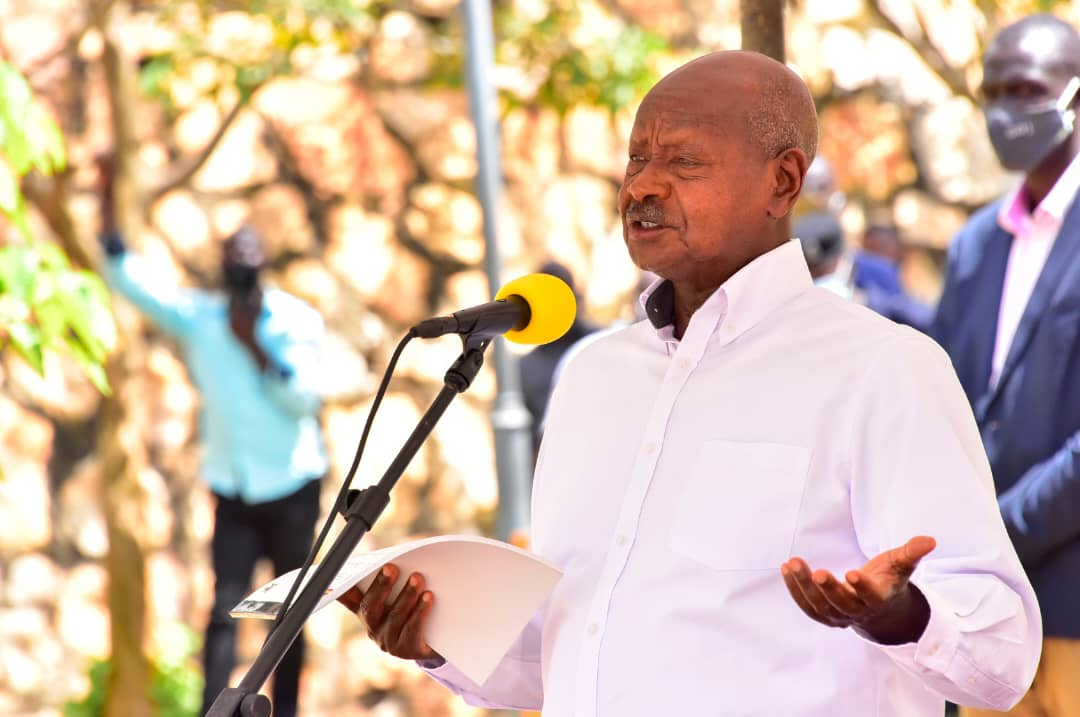 President Museveni speaking at Mulago Hospital as he launched clinical trials for a home-grown Covid-19 treatment drug (PHOTO/Courtesy).