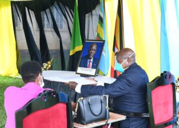 President Museveni and First Lady Janet Museveni visited the Tanzania High Commission in Kampala to pay their last respects to John Pombe Magufuli (PHOTO/Courtesy).