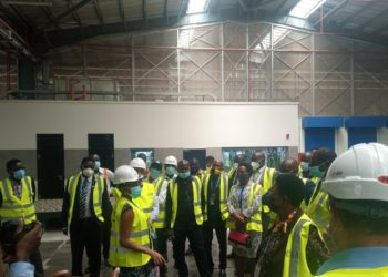 Members on the committee tour the new hi-tech cargo center (PHOTO/Courtesy).