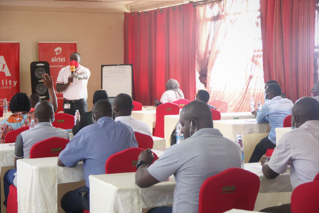 Caption for facilitator during the session Ronald Mayanja, the CEO Ability Explored, facilitating a session. This was during the inaugural launch of the Airtel Franchise Partner Development Programme in Hoima