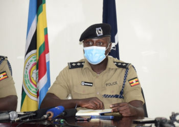 Kampala Metropolitan Deputy Police spokesman Luke Owoyesigyire addressing the press (PHOTO/Courtesy).