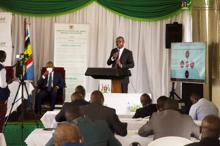 Pius Wakabi addresses delegates from the Kenya National Defence College (PHOTO/Courtesy).