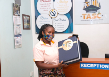 Housing Finance Bank partner shows off her hamper (PHOTO /Courtesy).