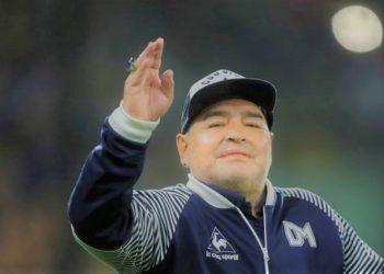 Diego Maradona's nurse had orders not to wake him up. (PHOTO/Internet)
